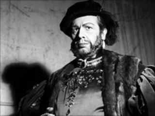 Cesare Siepi poses during the Anna Bolena opera at teatro alla Scala in Milan.