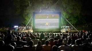 These inflatable screens draw audiences of 500-1,000 people across Kifili district