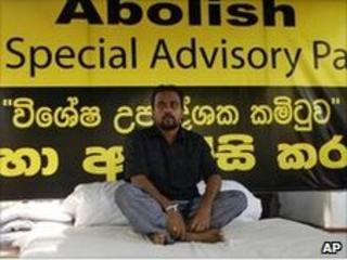 Wimal Weerawansa prepares to start his hunger strike