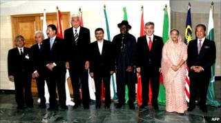 Mahmoud Ahmadinejad (fifth from left) stands next to fellow D8 leaders in Abuja (8 July 2010)