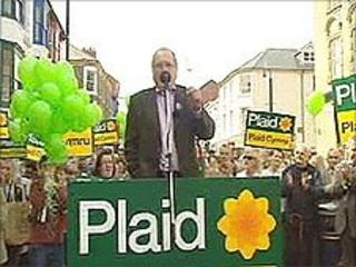 Ron Davies campaigning for Plaid Cymru in April