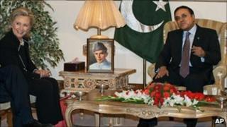 US Secretary of State Hillary Clinton meets Pakistani President Asif Ali Zardari at the Presidential Palace in Islamabad on 18 July 2010.