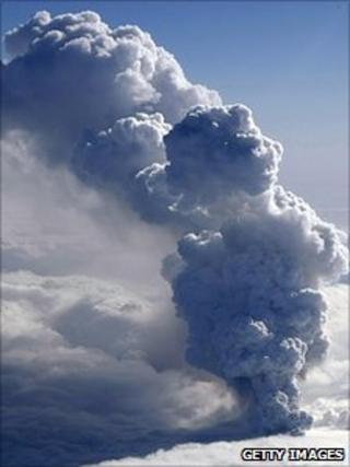 Eruption plume from the Eyjafjallajokull volcano (Getty Images)