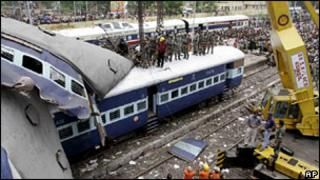 Train crash in Bengal on 19 July 2010