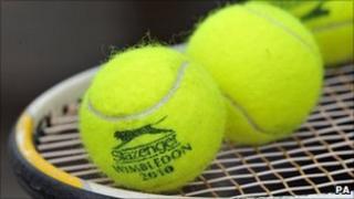 Slazenger tennis balls