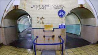 Tyne pedestrian and cyclist tunnel
