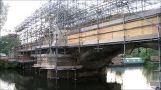 Sutton Bridge during repairs