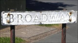Broadway sign (image courtesy of Telford & Wrekin Council)