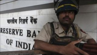 Indian policeman outside Reserve Bank of India