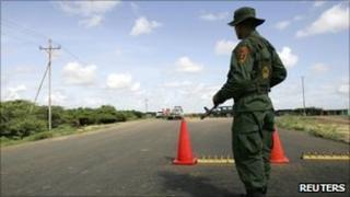 Venezuelan National Guard at a checkpoint at Paraguachon