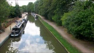 Oxford Canal (photo from British Waterways)