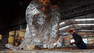 Sculpture being galvanized