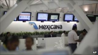 Mexicana check in