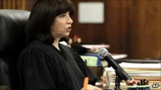 Judge Marsha Revel speaks during a hearing in a courtroom in Beverly Hills (20 May 2010)