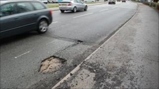 Pothole in Swindon in January 2010