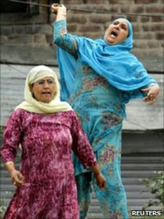 Women protesters in Indian-administered Kashmir