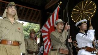 A ceremony at the Yasukuni shine in Tokyo (15 August 2010)