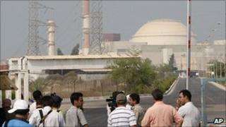 Media at the gates of the Bushehr nuclear power station 20 Aug 2010
