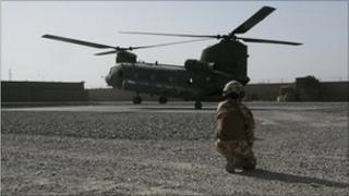 Helicopter and soldier (Library)