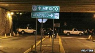 Bridge outside of Cuernavaca where the bodies were found