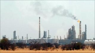 Al-Geili oil refinery in Sudan (file)