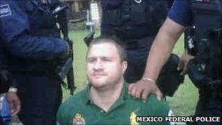 Edgar Valdez under arrest, 30 August 2010