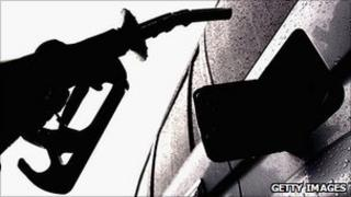 Petrol pump and car (Getty Images)