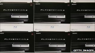 Playstation 3 consoles piled up ahead of lauch