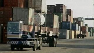 exports generic