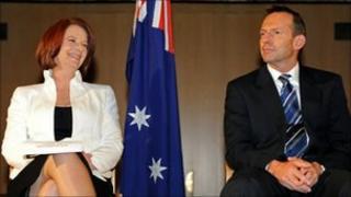Julia Gillard (L) and Tony Abbott (R)