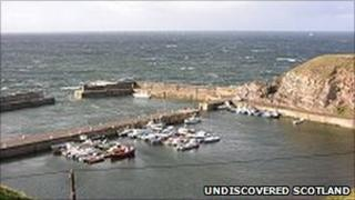 Portknockie Harbour [Pic: Undiscovered Scotland]