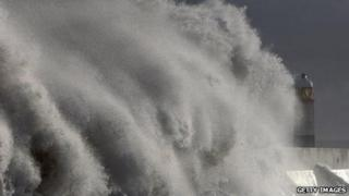 Storm surge at Porthcawl, 2009