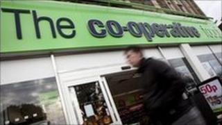 Co-operative food shop