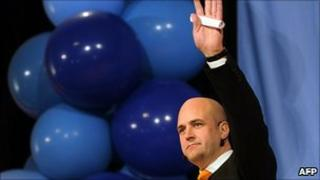 PM Fredrik Reinfeldt greets supporters