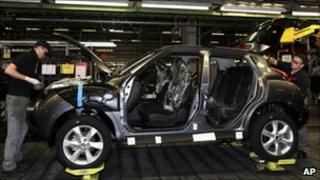Nissan juke car being assembled in Sunderland