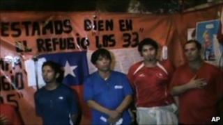 Miners celebrate Chile's independence bicentenary underground (18 Sept 2010)