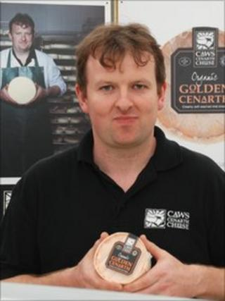 Carwyn Adams of Caws Cenarth with the supreme champion cheese