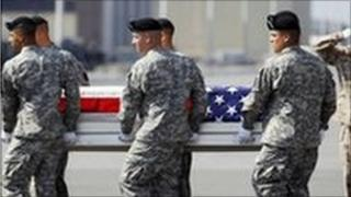 US soldiers carrying coffin of Pte First Class Gebrah Noonan