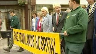 Boris Johnson and Townlands Hospital protesters