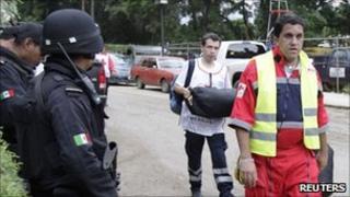 Rescue team arrives in Oaxaca