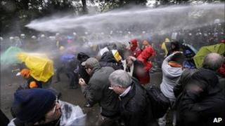 Demonstrators clash with police in Stuttgart, 30 Sep 10