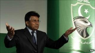Pervez Musharraf in London, 1 Oct
