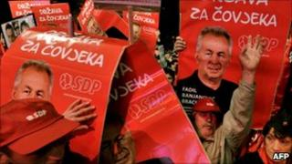 Supporters of the Social Democratic Party (SDP) at a rally in Sarajevo, 1 October 2010
