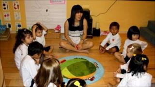 Children learn Mandarin in Singapore