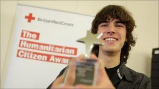 Ross Pickthall with his award