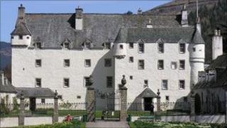 Traquair House - Undiscovered Scotland