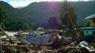 Aftermath of flooding in Teluk Wondama, West Papua province - 5 Oct 2010