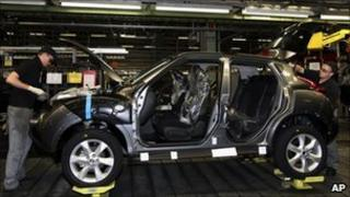 Nissan Juke car being built in Sunderland