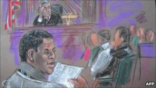 Courtroom sketch shows defendant Ahmad Khalfan Ghailani (L) at hearing New York, 6 October.