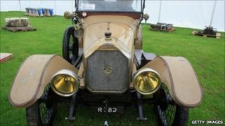 1915 Humber touring car